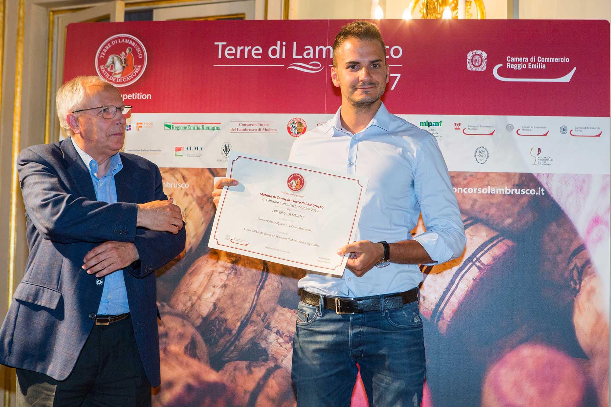 Premiazione2 Rosa del borgo aljano Matilde di Canossa Terre di Lambrusco